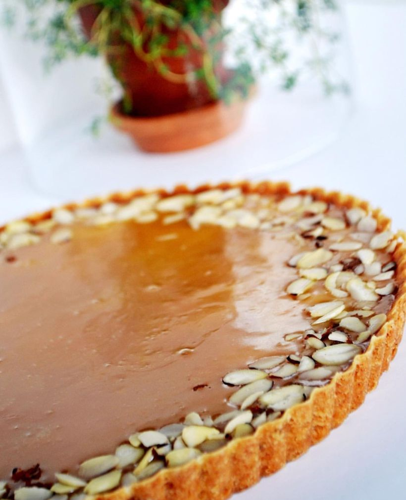 Passion fruit thyme tart