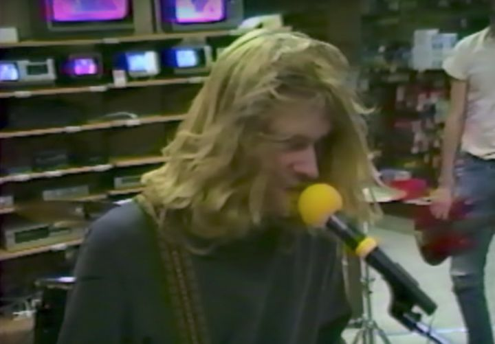 Video Of Nirvana Jamming Inside A Radio Shack From 1988 Surfaces