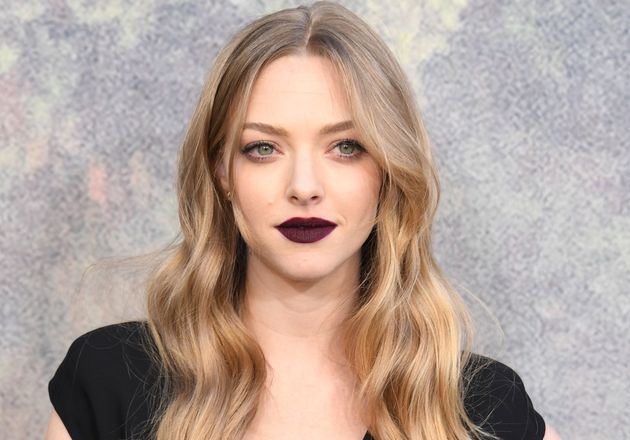 Amanda Seyfried has the perfect attitude about the breastfeeding vs. bottle-feeding