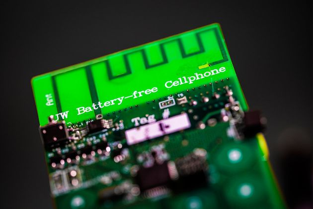 Engineers Create Battery-Free Phone Powered By Ambient