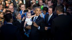 A Mum Spotted Barack Obama In An Airport And Her Baby Was Too
