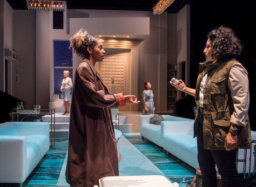 Sam Jackson (Gilma) and Denmo Ibrahim (Kathryn) in a scene from <strong><em>Splendour</em></strong>