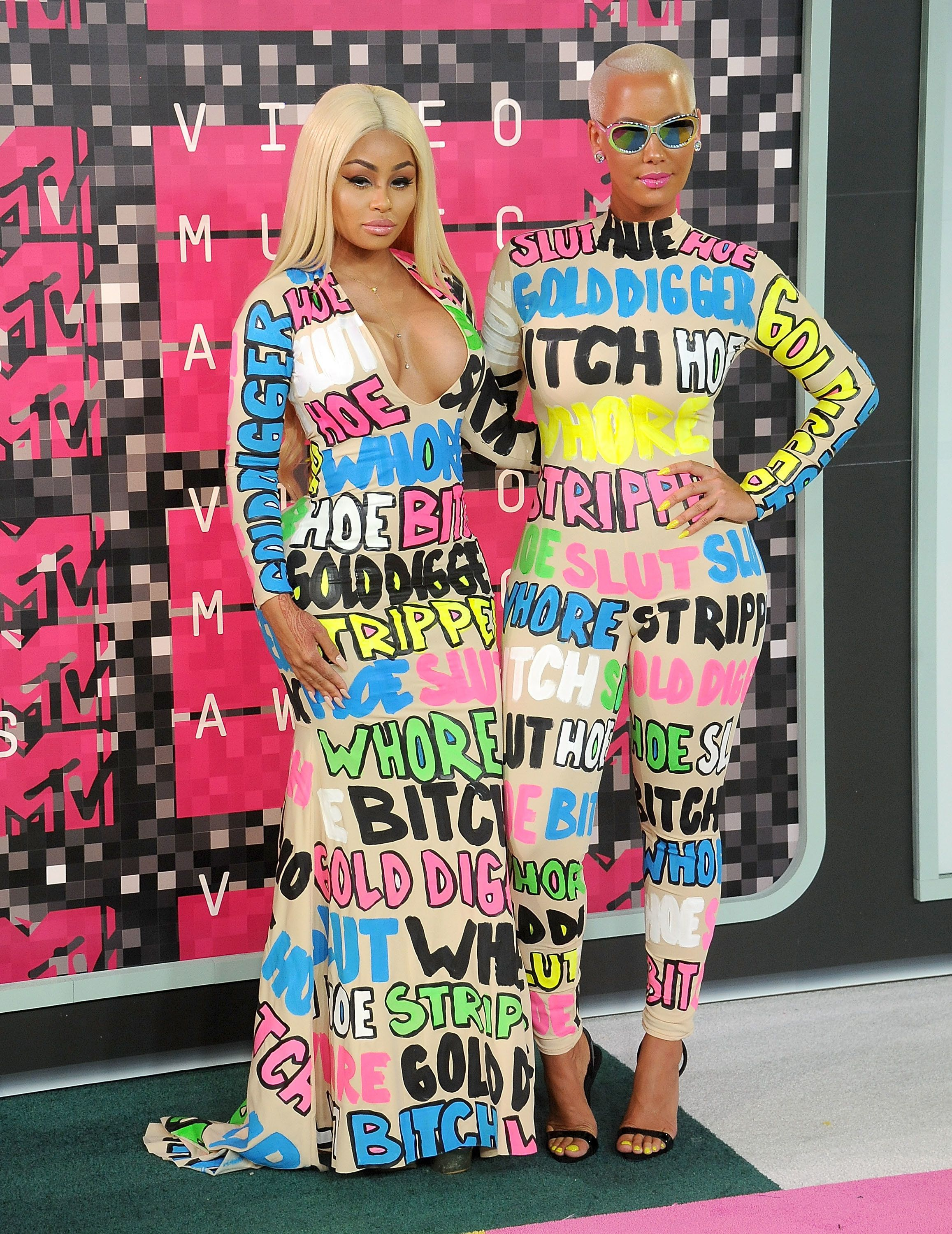 LOS ANGELES, CA - AUGUST 30:  Amber Rose and Blac Chyna arrive at the 2015 MTV Video Music Awards at Microsoft Theater on August 30, 2015 in Los Angeles, California.  (Photo by Gregg DeGuire/WireImage)