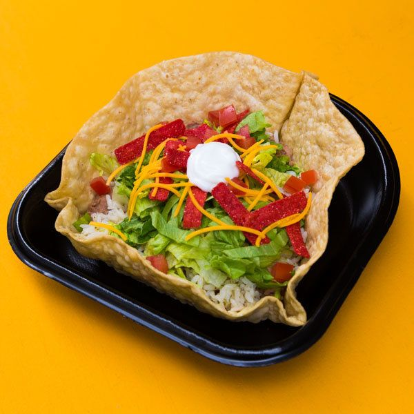 <strong>Ingredients:</strong> seasoned beef, seasoned rice, lettuce, tomatoes, cheese, reduced fat sour cream, red strip