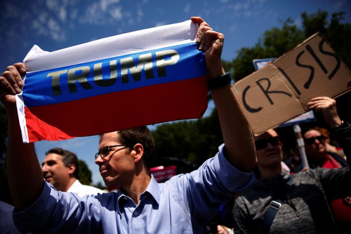 Protesters in the U.S. have taken to the streets in response to alleged ties between Trump's campaign and Russia.
