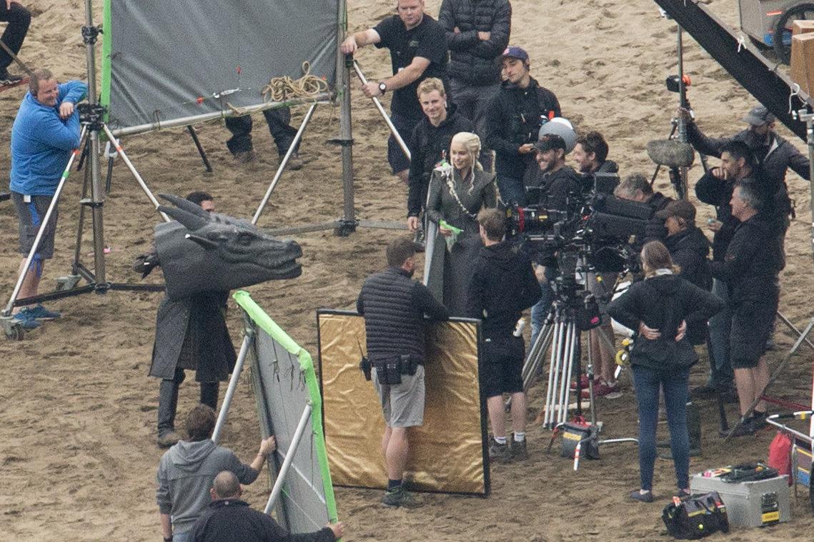 'Game Of Thrones' Unveils New Season 7 Premiere Photos