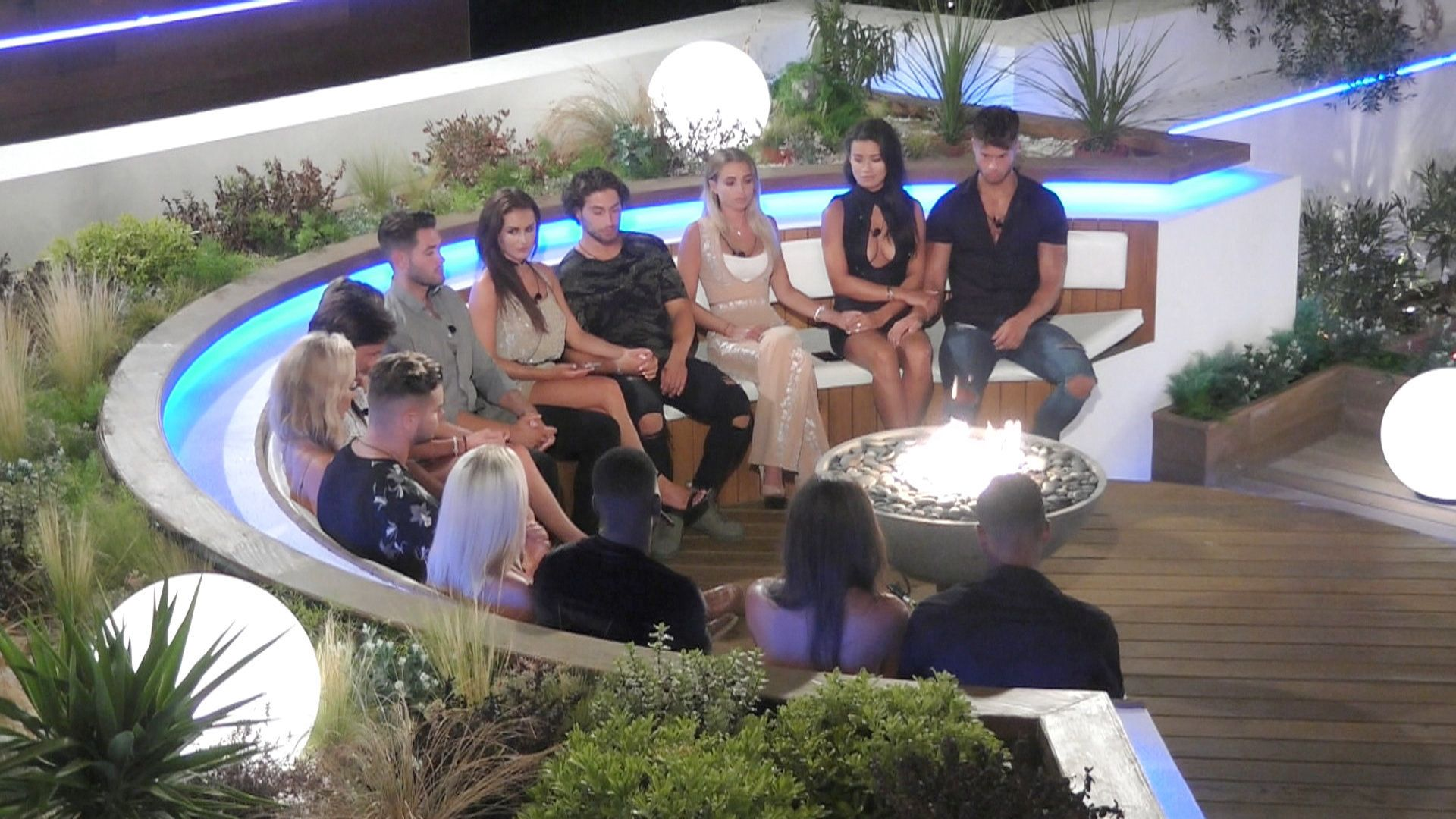 'Love Island' Shock As One Long-Term Contestant Is Dumped From The