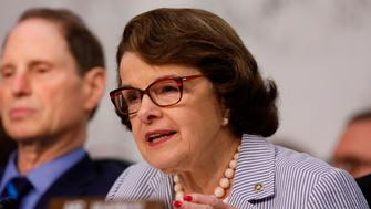 U.S. Senator Dianne Feinstein (D-CA) asks questions during former FBI Director James Comey's appearance before a Senate Intelligence Committee hearing on Russia's alleged interference in the 2016 U.S. presidential election on Capitol Hill in Washington, U.S., June 8, 2017. REUTERS/Aaron P. Bernstein