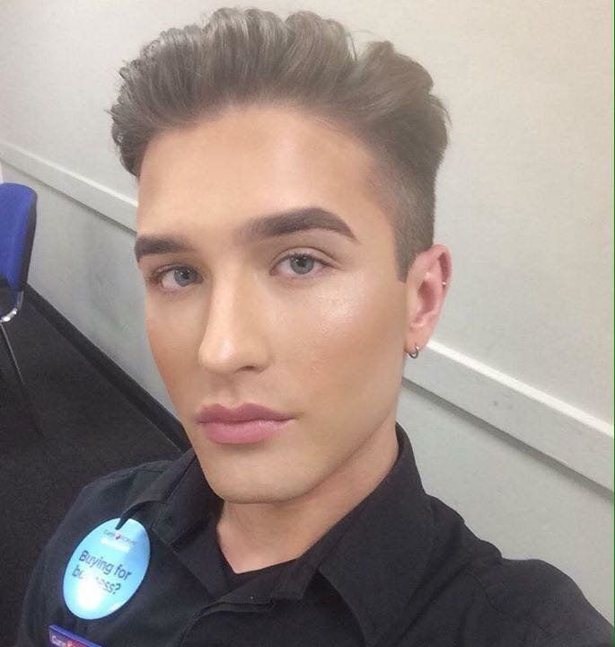 Man Slams Bosses For 'Discriminating' Against Him For Wearing Makeup At Work