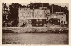 The villa Bric-à-Brac of the English family Faber, in Dinard, now aquarium, then today luxury hotel.