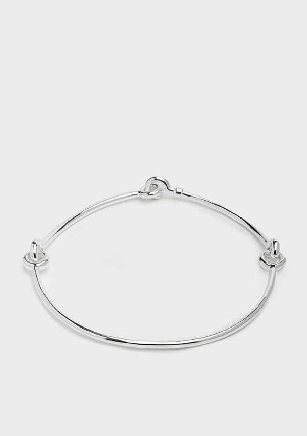 """Get the <a href=""""https://www.universalstandard.net/products/jointed-choker-silver"""" target=""""_blank"""">Universal Standard jointed"""