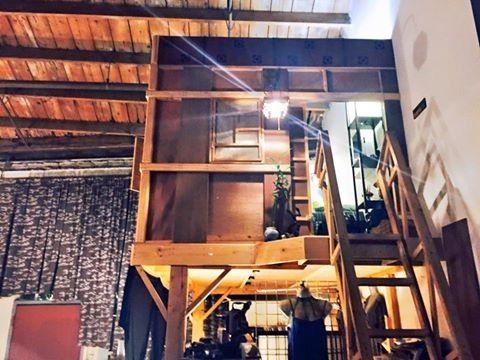 <p>indoor treehouse dear Downtown LA</p>