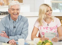 Holly Willoughby And Phillip Schofield Pay Off 'This Morning' Viewer's Debt In Touching Gesture