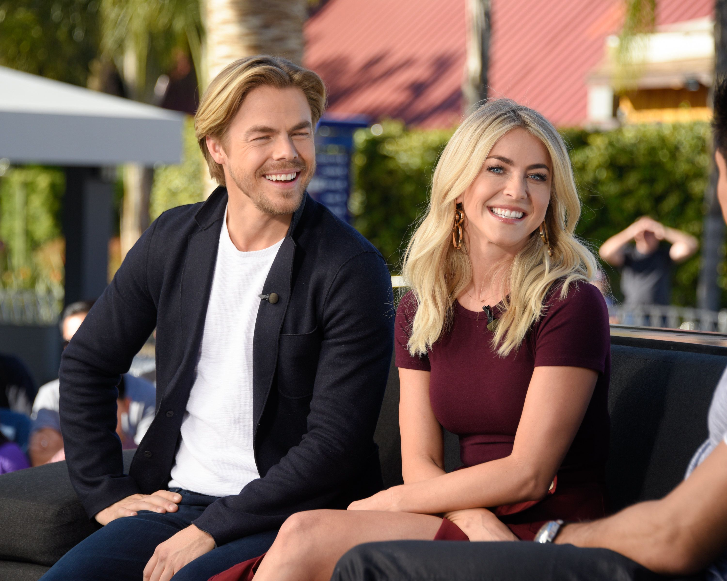 UNIVERSAL CITY, CA - MARCH 07:  Derek Hough (L) and Julianne Hough visit 'Extra' at Universal Studios Hollywood on March 7, 2017 in Universal City, California.  (Photo by Noel Vasquez/Getty Images)