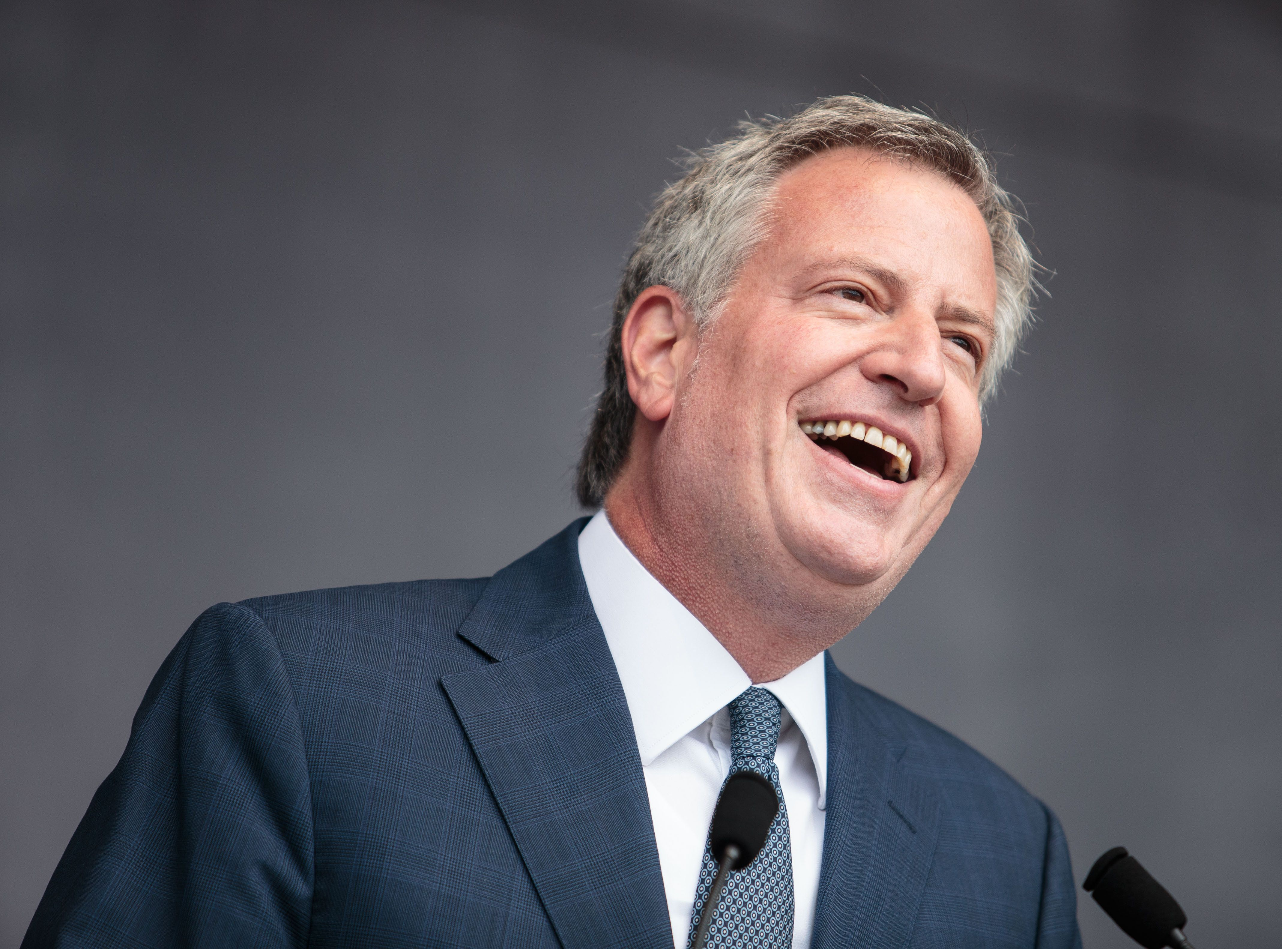 New York Mayor Bill de Blasio speaks during the 'Hamburg zeigt Haltung' (Hamburg shows dignity) gathering on July 8, 2017 in Hamburg, northern Germany as world leaders meet during the G20 summit. Raging street battles that marred Germany's G20 summit have sparked a political fight over how Hamburg could descend into 'mob rule' and why Chancellor Angela Merkel chose a hotbed of leftist militancy as the venue. / AFP PHOTO / dpa / Sina Schuldt / Germany OUT        (Photo credit should read SINA SCHULDT/AFP/Getty Images)