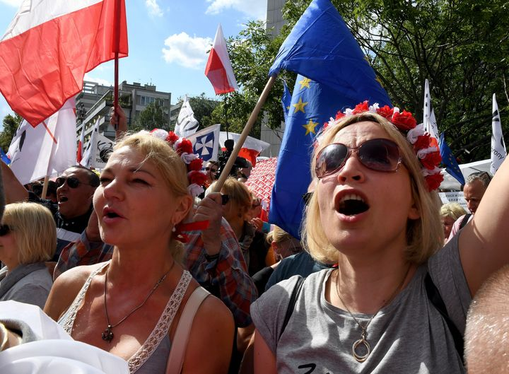 Hundreds of government opponents protest in front of the parliament building in Warsaw, on July 16, 2017.