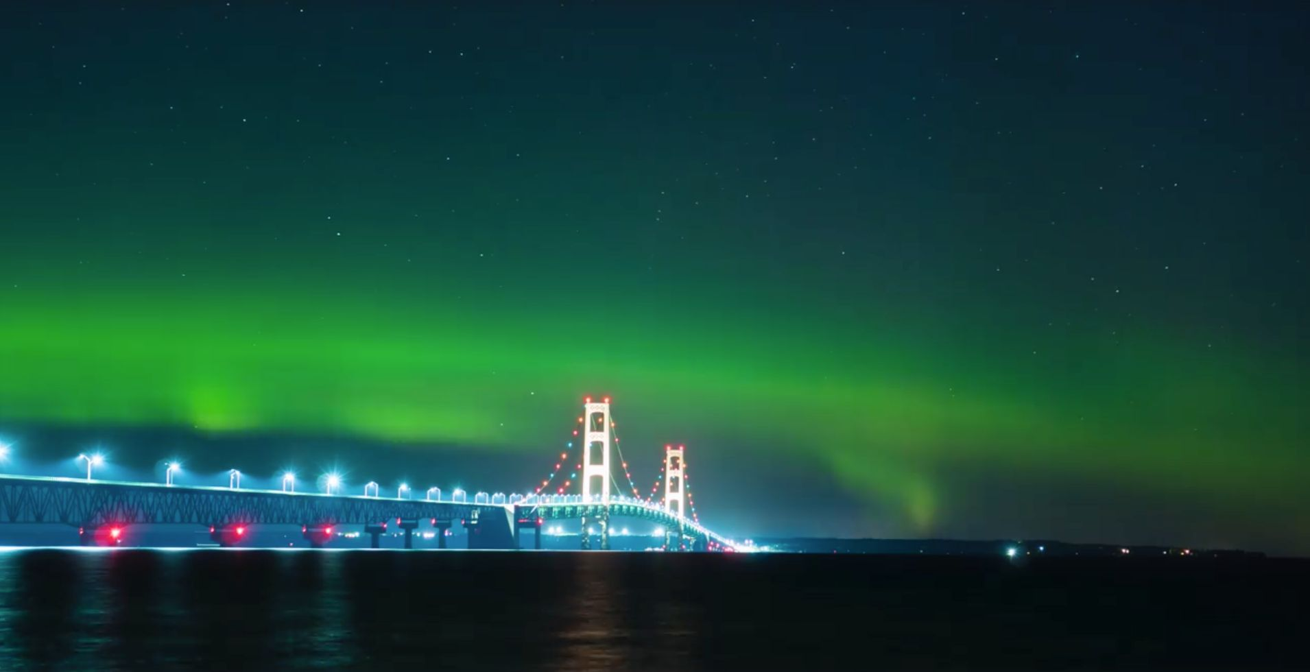 Dazzling Photos Show Northern Lights Shimmering Over U.S. And