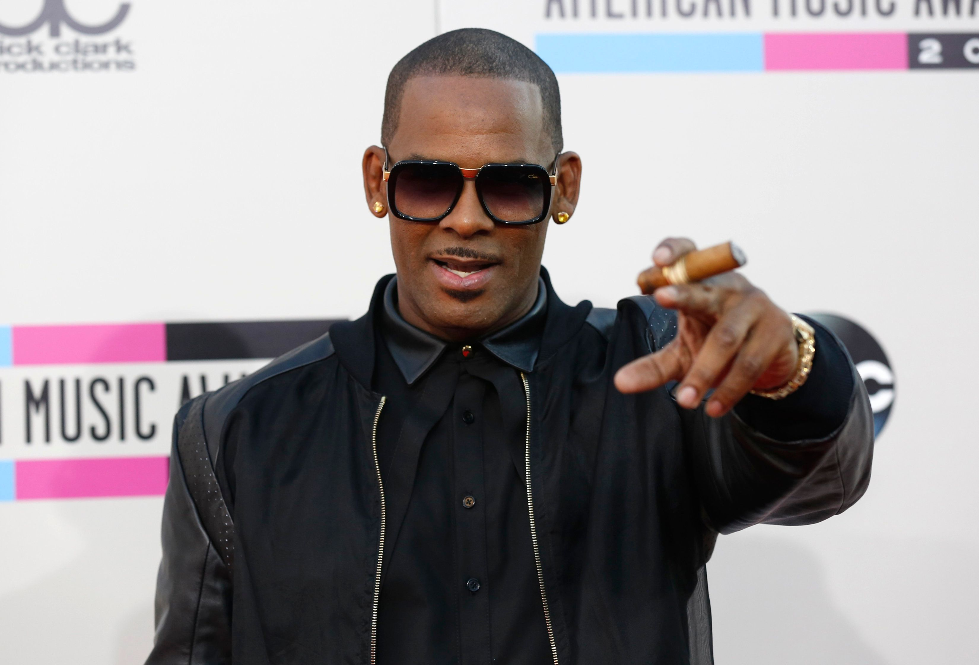 R. Kelly's Alleged Captive Speaks Out: 'I'm Not Being Brainwashed'