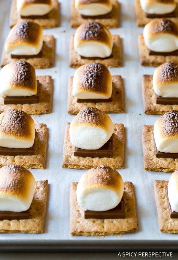 """<strong>Get the <a href=""""http://www.aspicyperspective.com/easy-sheet-pan-smores/?crlt.pid=camp.3ykOyrTGnXwK"""" target=""""_blank"""">"""