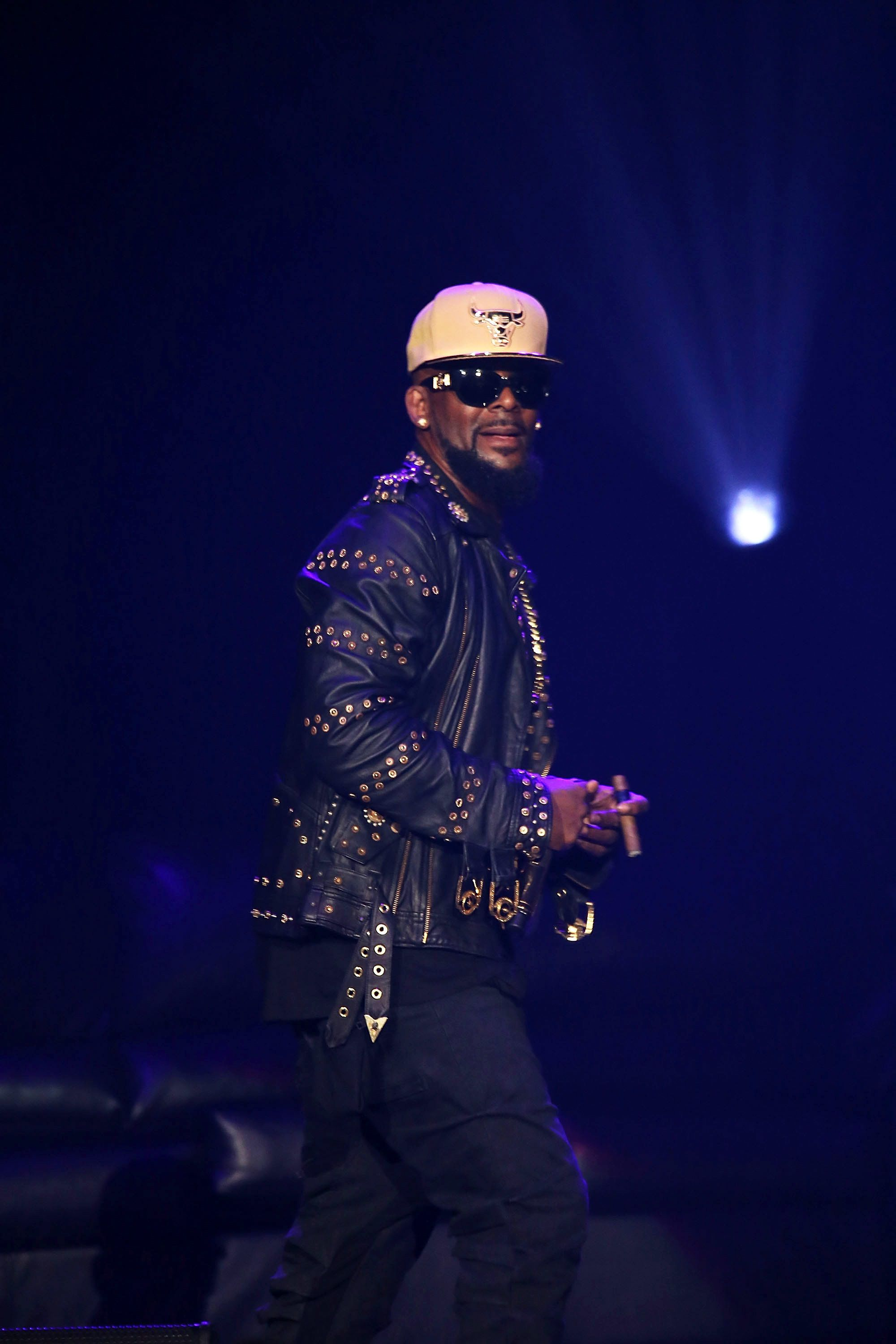 R Kelly's Assistant And Entertainment Attorney Resign After Fresh Sexual Misconduct