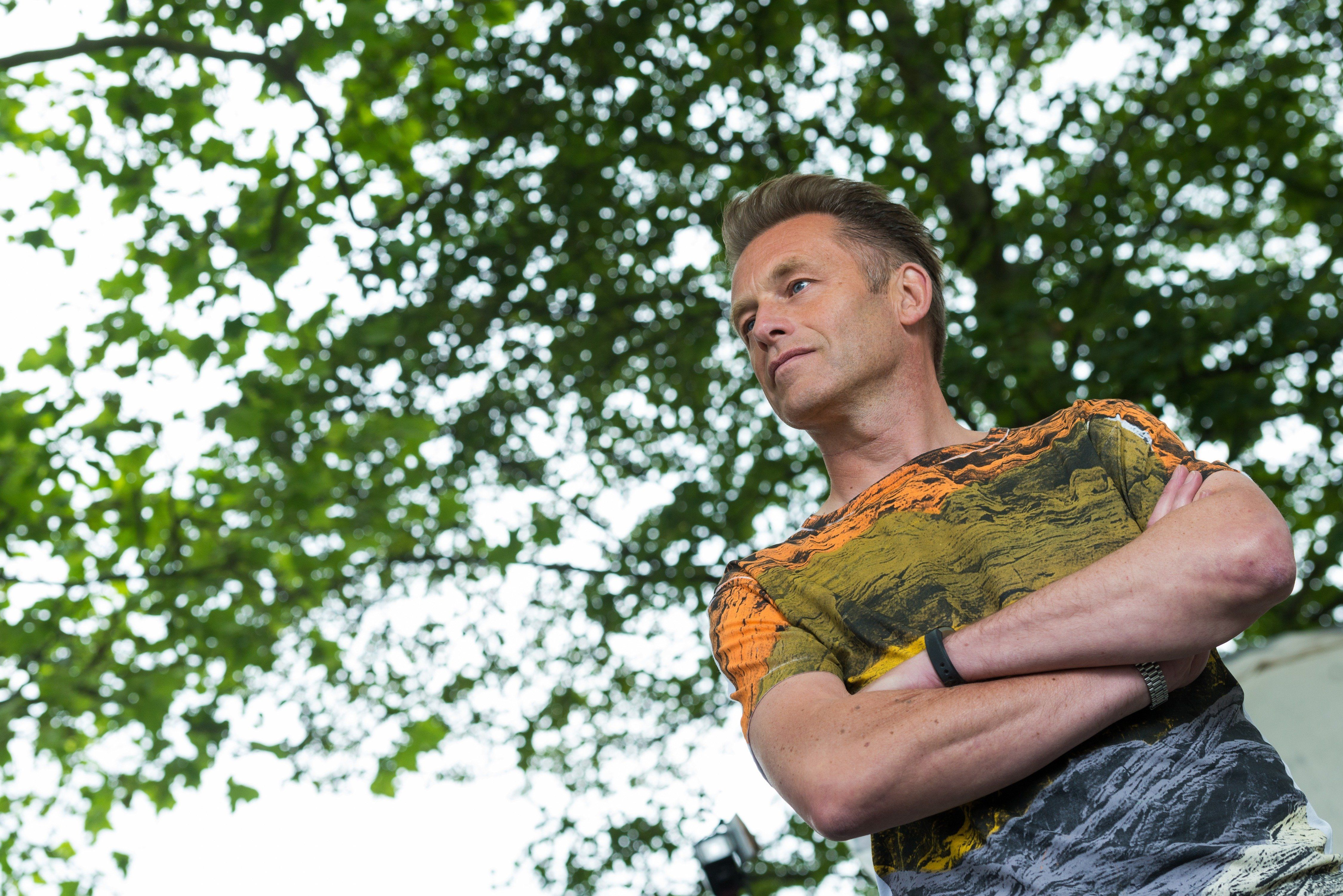 'Springwatch' Presenter Chris Packham Opens Up About Living With Asperger's