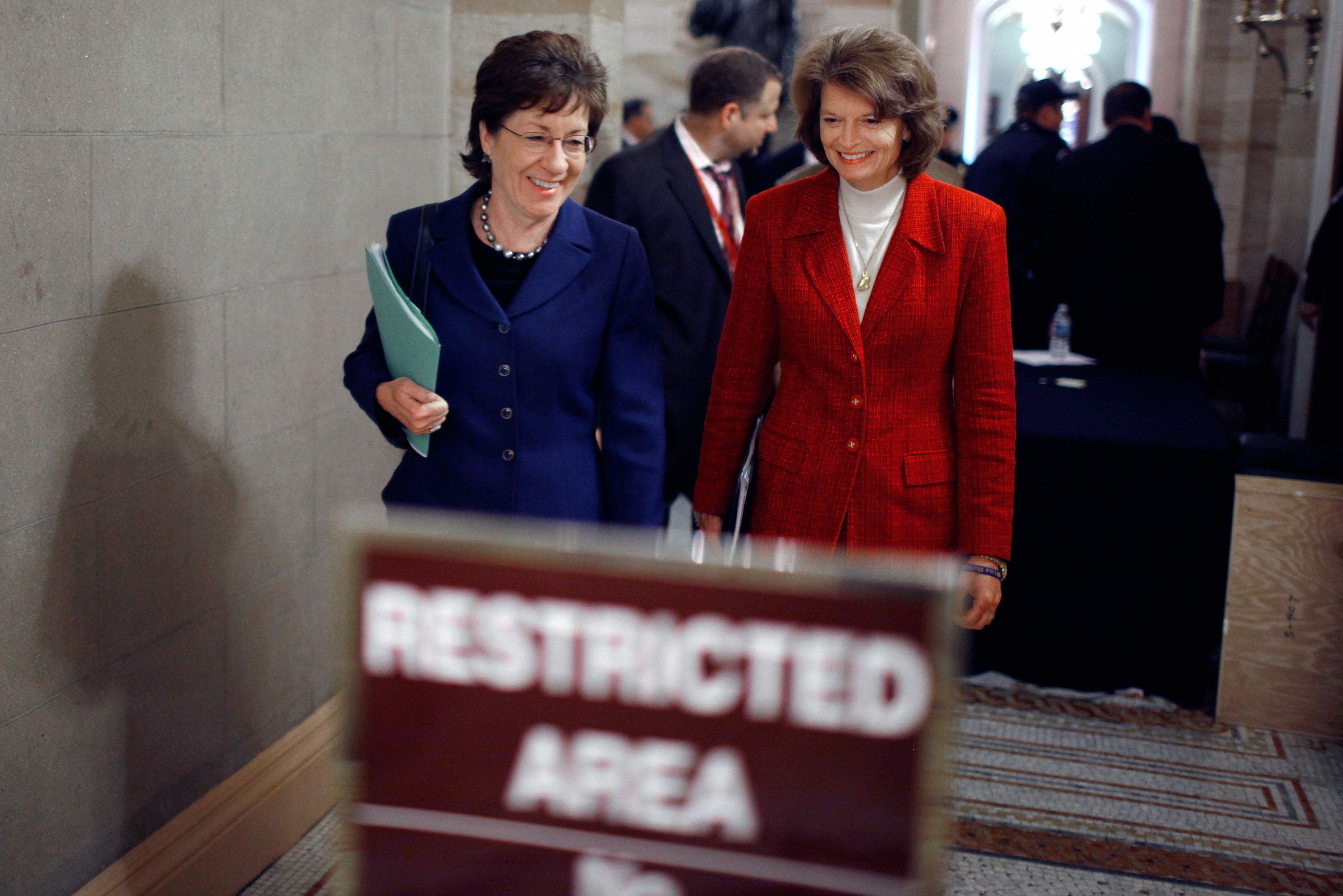 Sen. Susan Collins (R-Maine) and Sen. Lisa Murkowski (R-Alaska) in 2010.