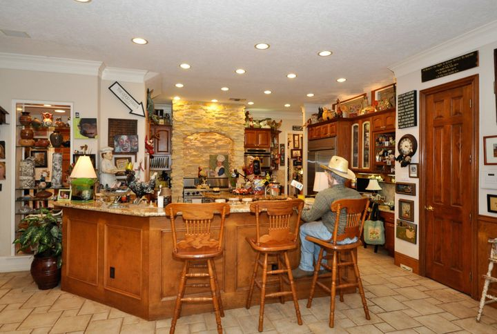 The kitchen features a center island.