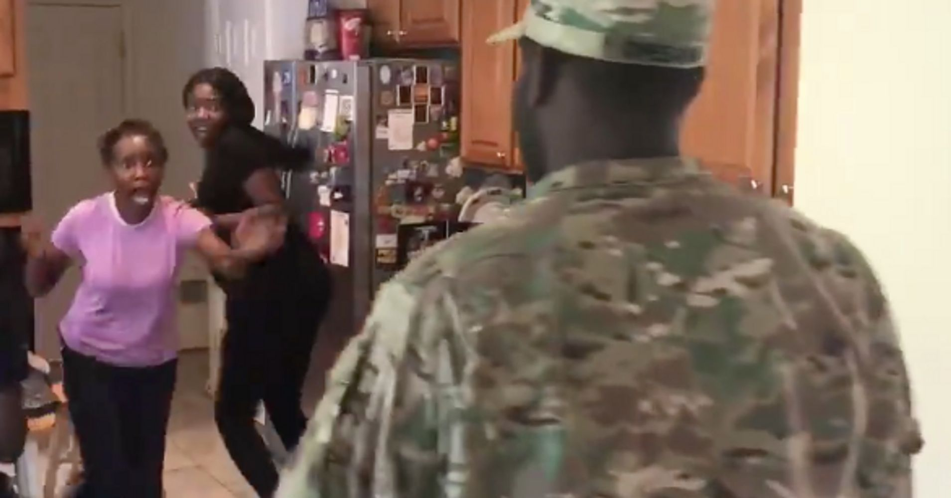 This Moms Reaction To Her Soldier Sons Return Will Bring On Happy