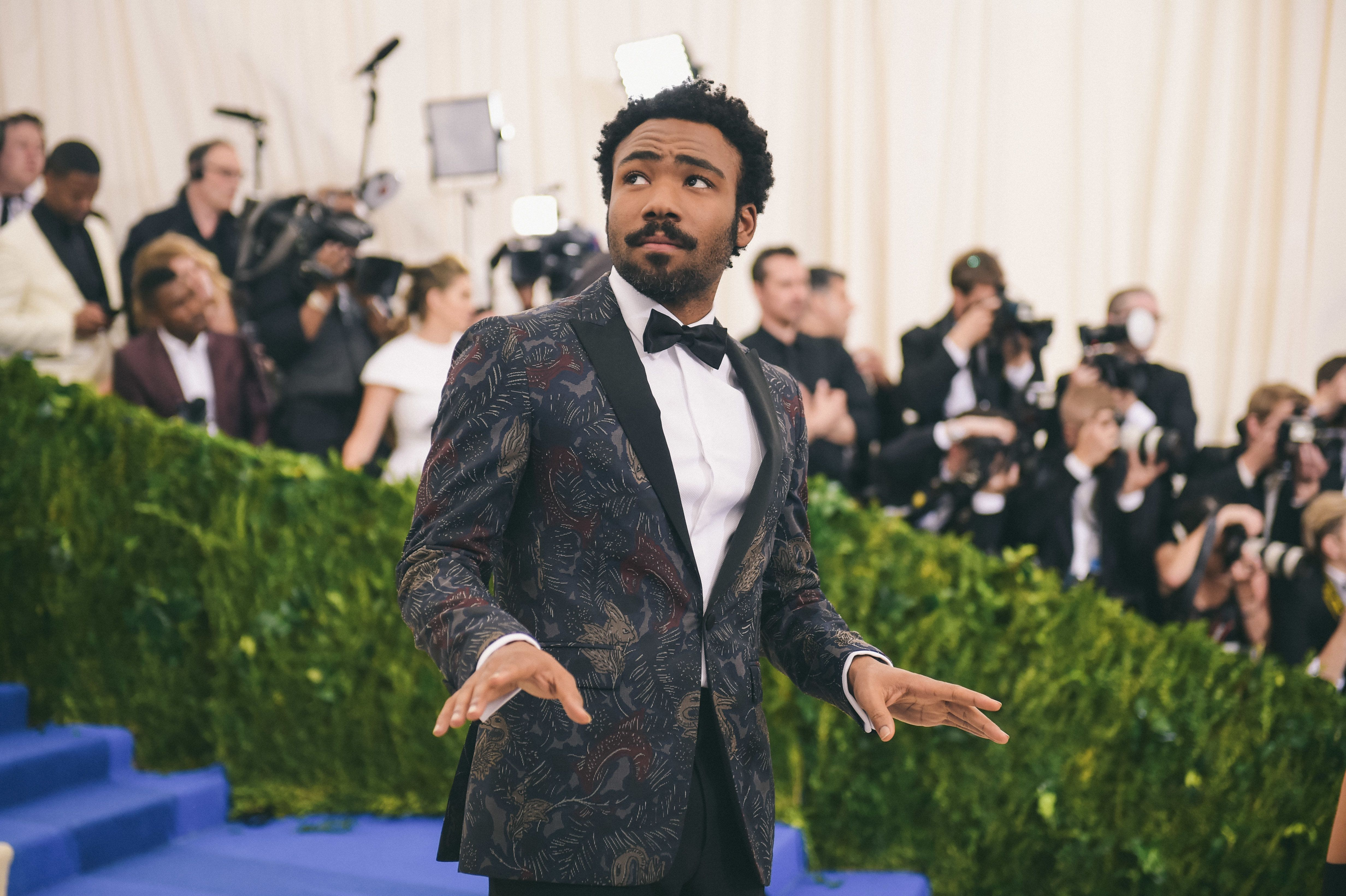 "NEW YORK, NY - MAY 01:  Actor Donald Glover attends the ""Rei Kawakubo/Comme des Garcons: Art Of The In-Between"" Costume Institute Gala at Metropolitan Museum of Art on May 1, 2017 in New York City.  (Photo by J. Kempin/Getty Images)"