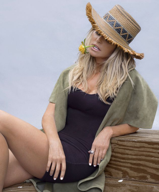 Christie Brinkley Poses Nude, Save For A Big Leaf, At