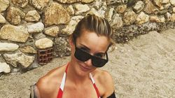Helen Skelton Shares Snap Breastfeeding Son At The Beach While Toddler Lays On Her