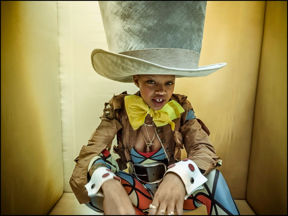 Slick Woods as the Madhatter.