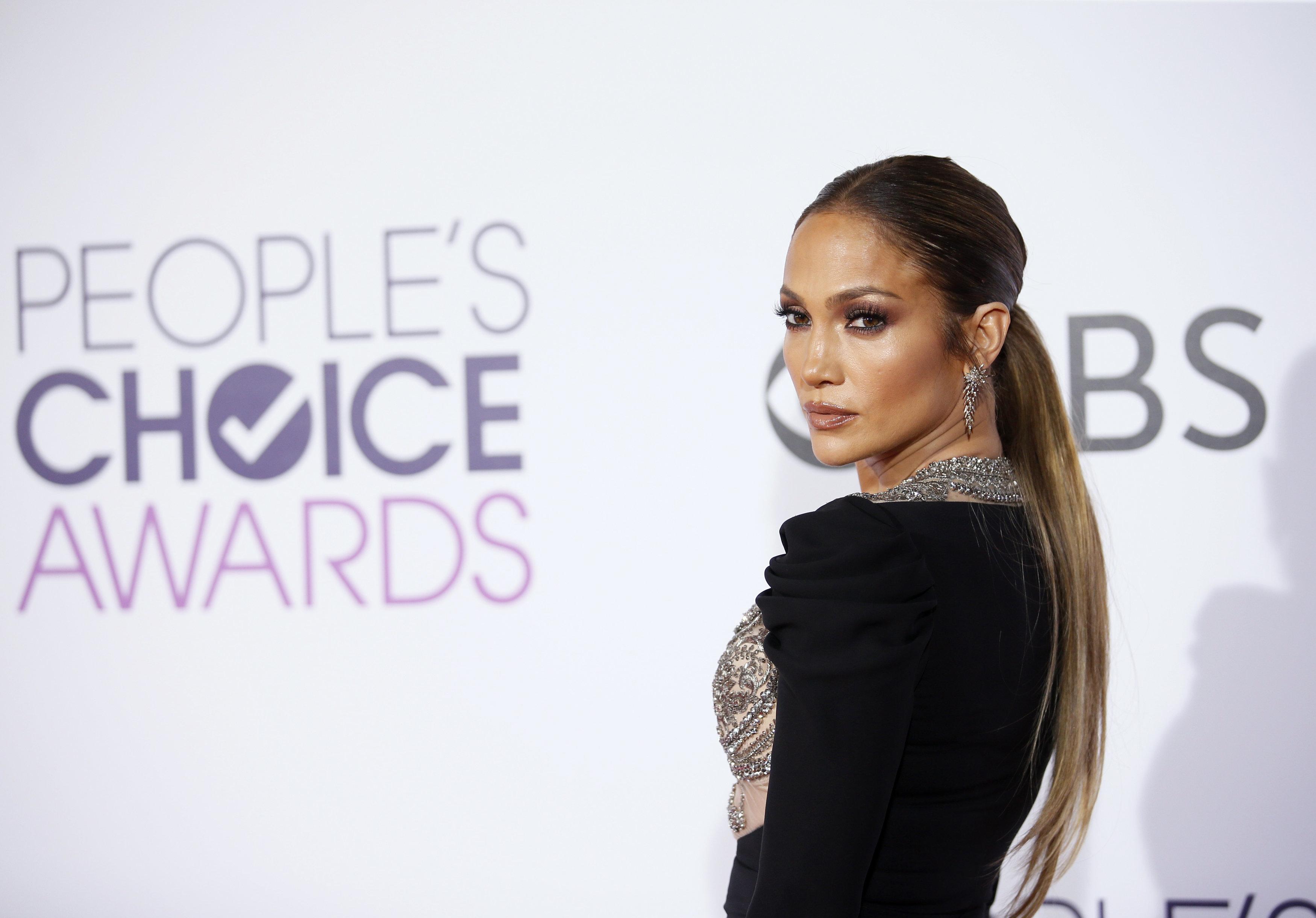 Jennifer Lopez Describes Sister's Child Using Gender Neutral