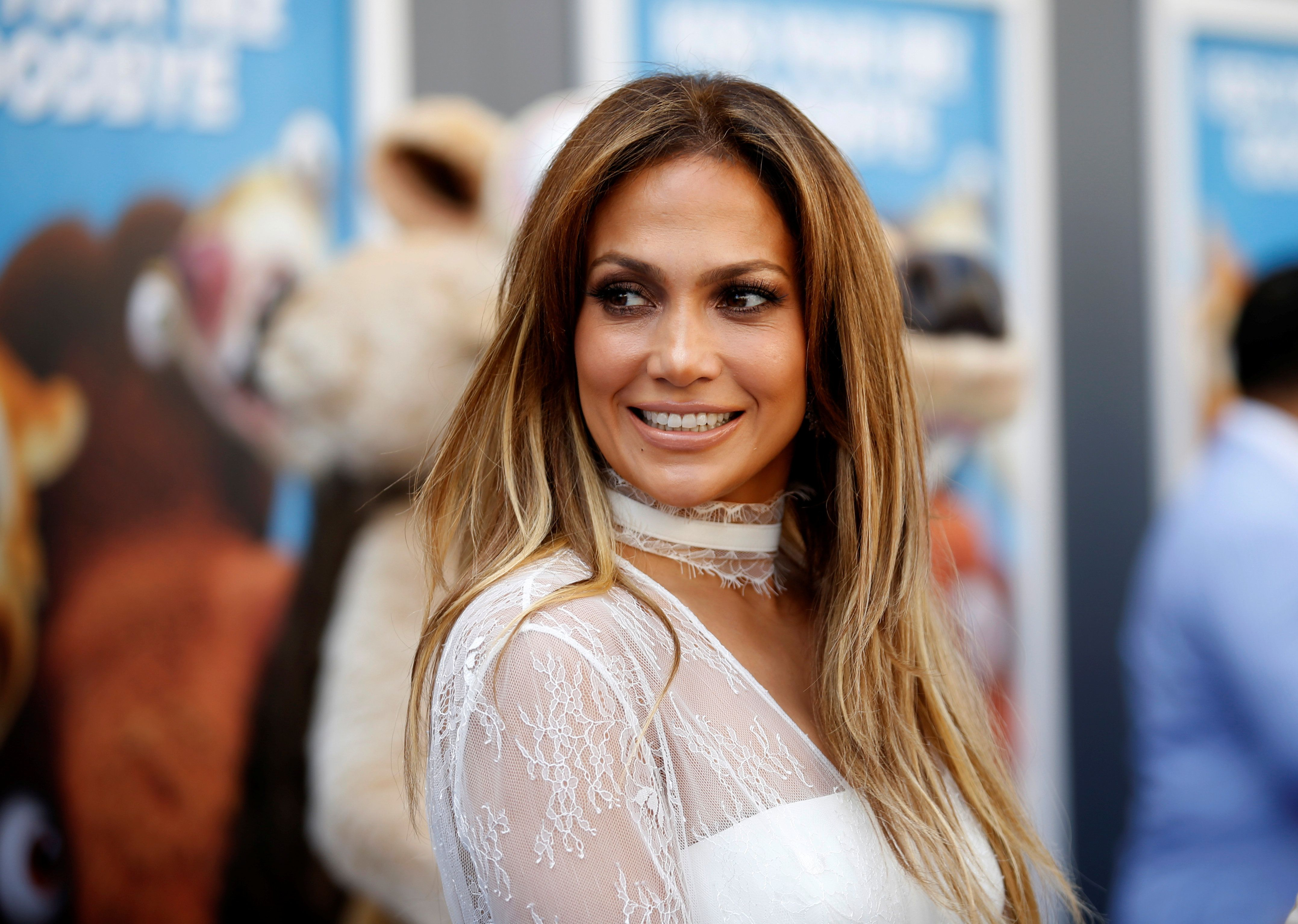 Brava! Jennifer Lopez Respects Gender Neutrality With One Simple Pronoun