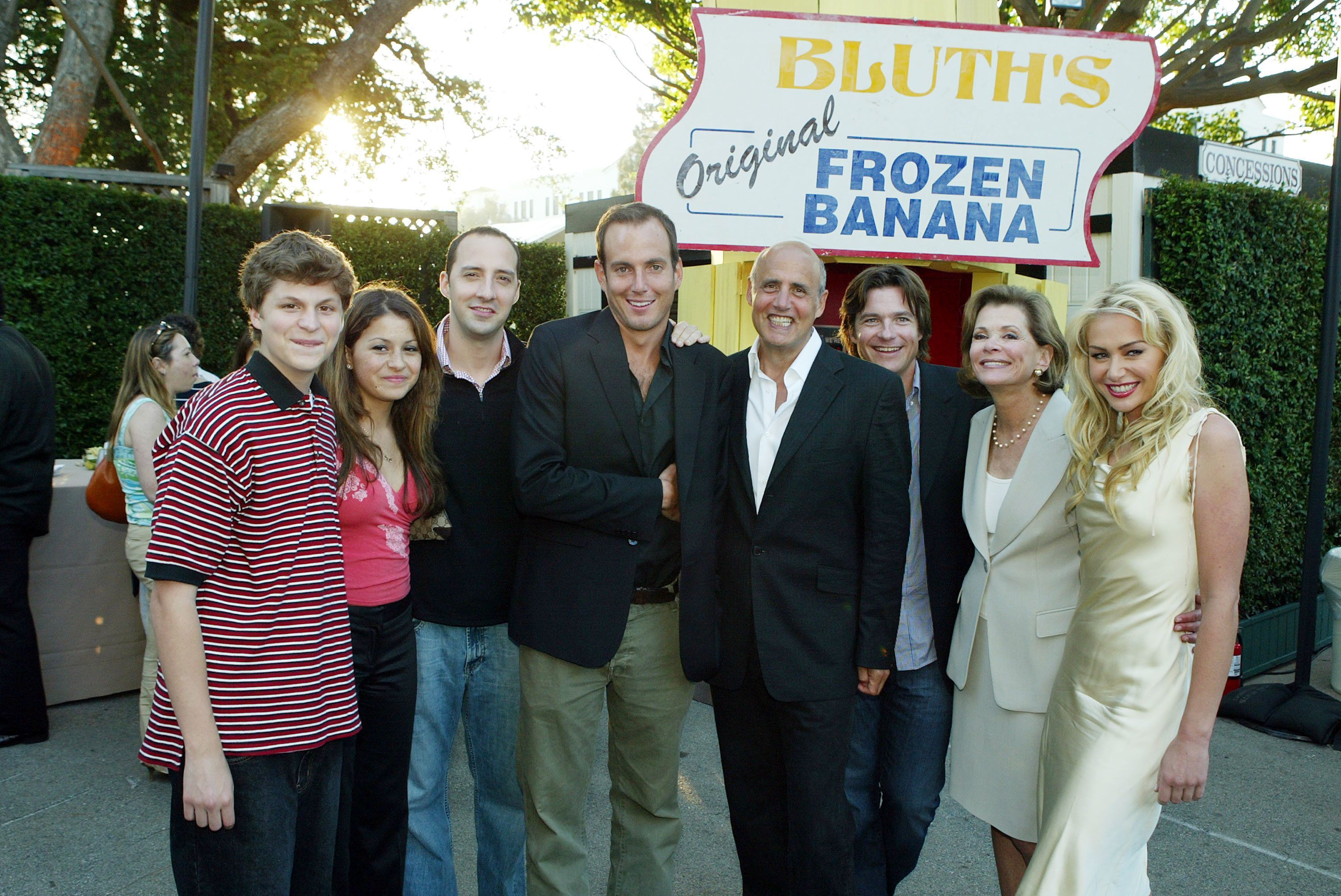 LOS ANGELES - AUGUST 13:  (L to R) Cast members Michael Cera, Alia Shawkat, Tony Hale, Will Arnett, Jeffrey Tambor, Jason Bateman, Jessica Walter and Portia de Rossi pose at a cocktail party and script reading for FOX-TV's 'Arrested Development' at the Wadsworth Theater on August 13, 2004 in Los Angeles, California.  (Photo by Kevin Winter/Getty Images)