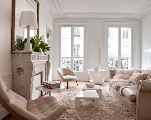 10 lessons from living in a 400 square foot paris apartment huffpost. Black Bedroom Furniture Sets. Home Design Ideas