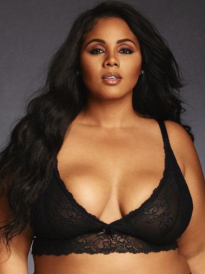 Big busty women pics