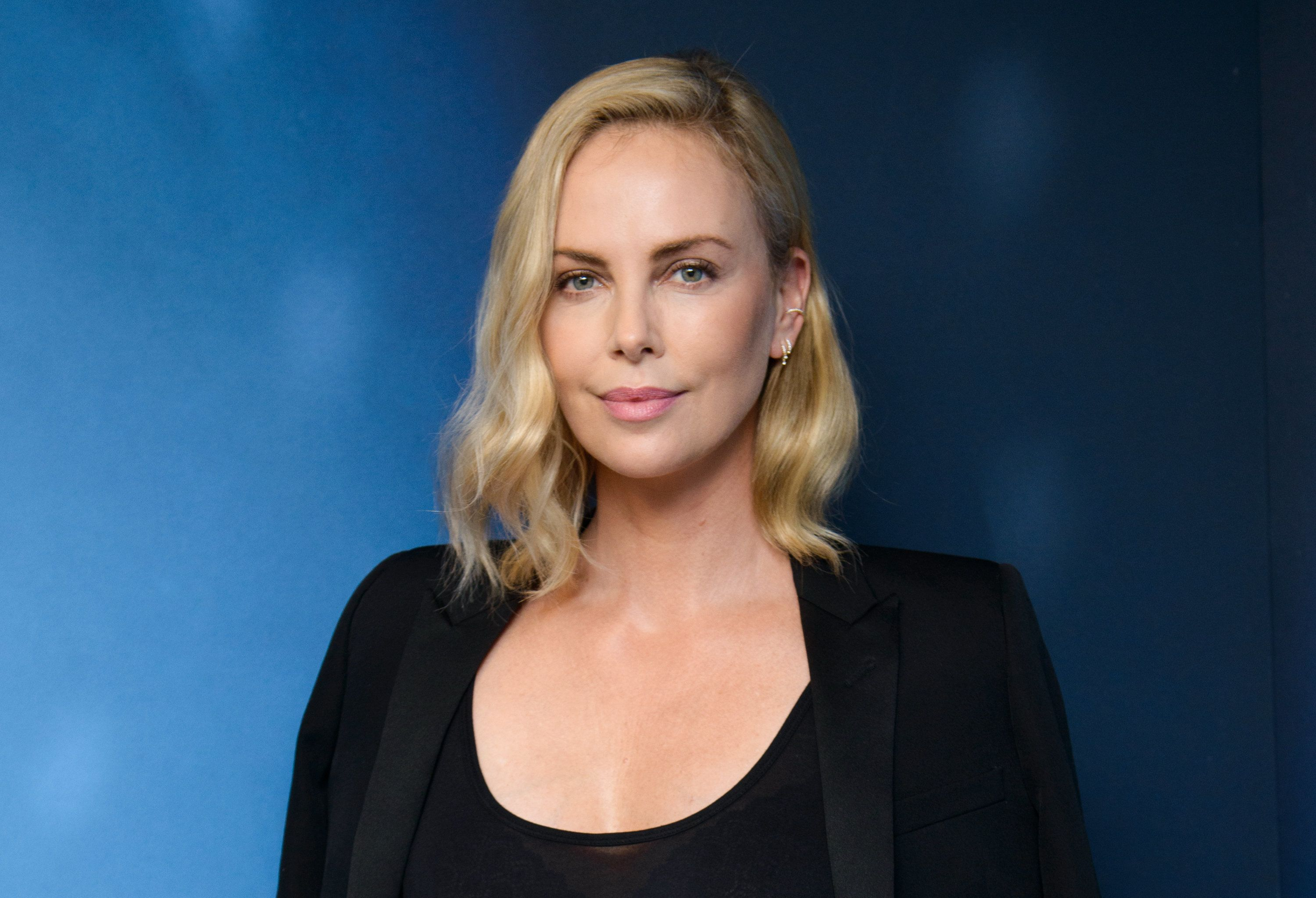 NEW YORK, NY - JULY 19:  Actress Charlize Theron visits '80s on 8' at the SiriusXM Studios on July 19, 2017 in New York City.  (Photo by Noam Galai/Getty Images)