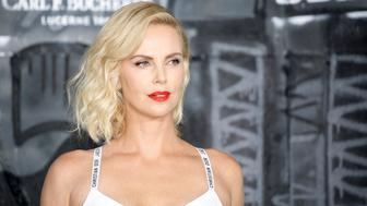 BERLIN, GERMANY - JULY 17: US actress Charlize Theron attends the 'Atomic Blonde' World Premiere at Stage Theater on July 17, 2017 in Berlin, Germany. (Photo by Isa Foltin/Getty Images)
