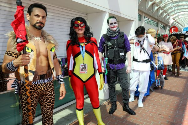 Costumed attendees wait in line to enter Comic Con International in San Diego, California, U.S., July 21, 2017.     REUTERS/M