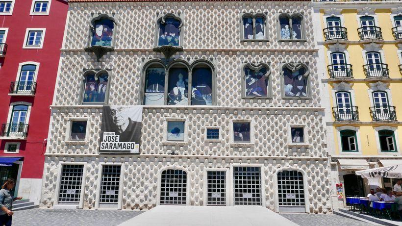 <strong>Lisbon: The Jose Saramago Foundation.</strong>