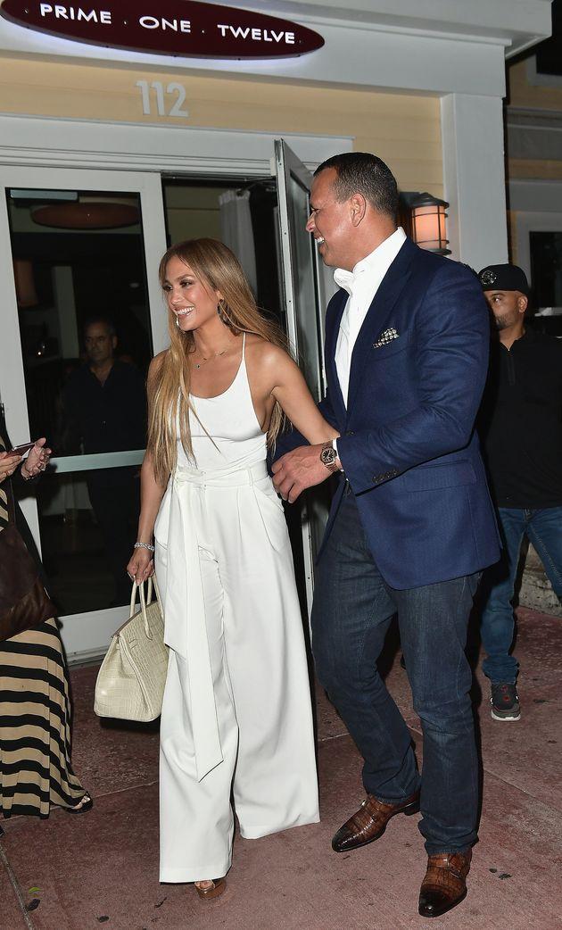 Jennifer Lopez, ultra sexy, a 48 ans et n'a rien à