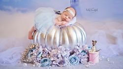 Photographer Takes Cute Pics Of Babies As Itty-Bitty Disney