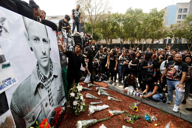 Fans around the world have left floral tributes in various places, includingthese ones at Mexico...