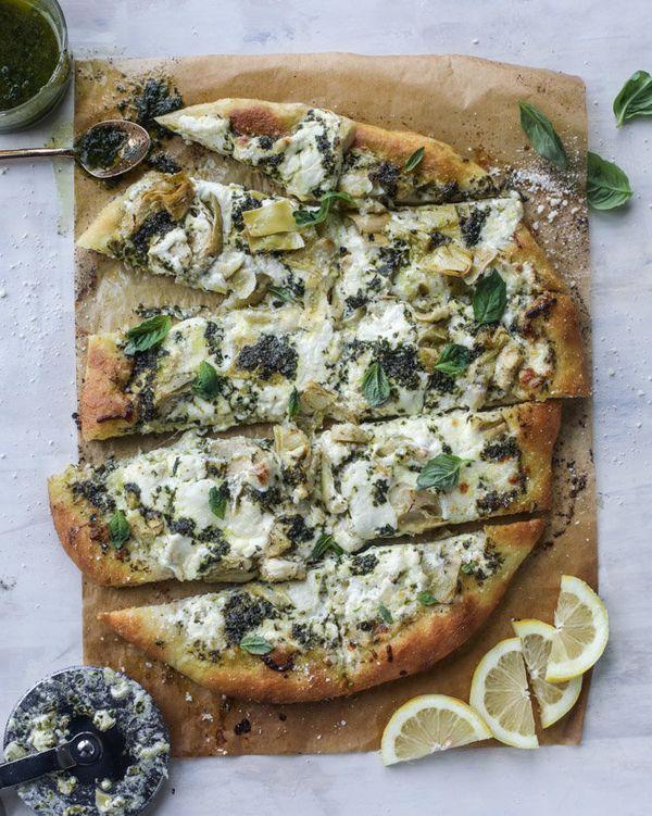 "<strong>Get the <a href=""http://www.howsweeteats.com/2017/03/artichoke-burrata-pizza-lemon-basil-pesto/"" target=""_blank"">Arti"