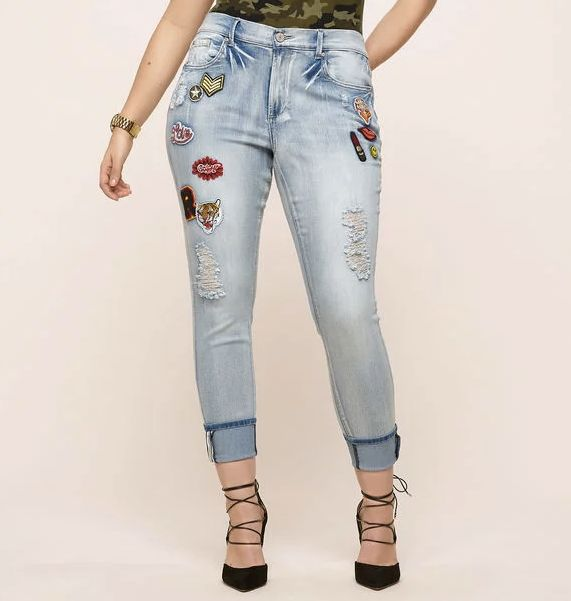 """Loralette is the sister brand to <a href=""""http://www.avenue.com/"""" target=""""_blank"""">Avenue</a>. Both sites cater to the curvy&n"""