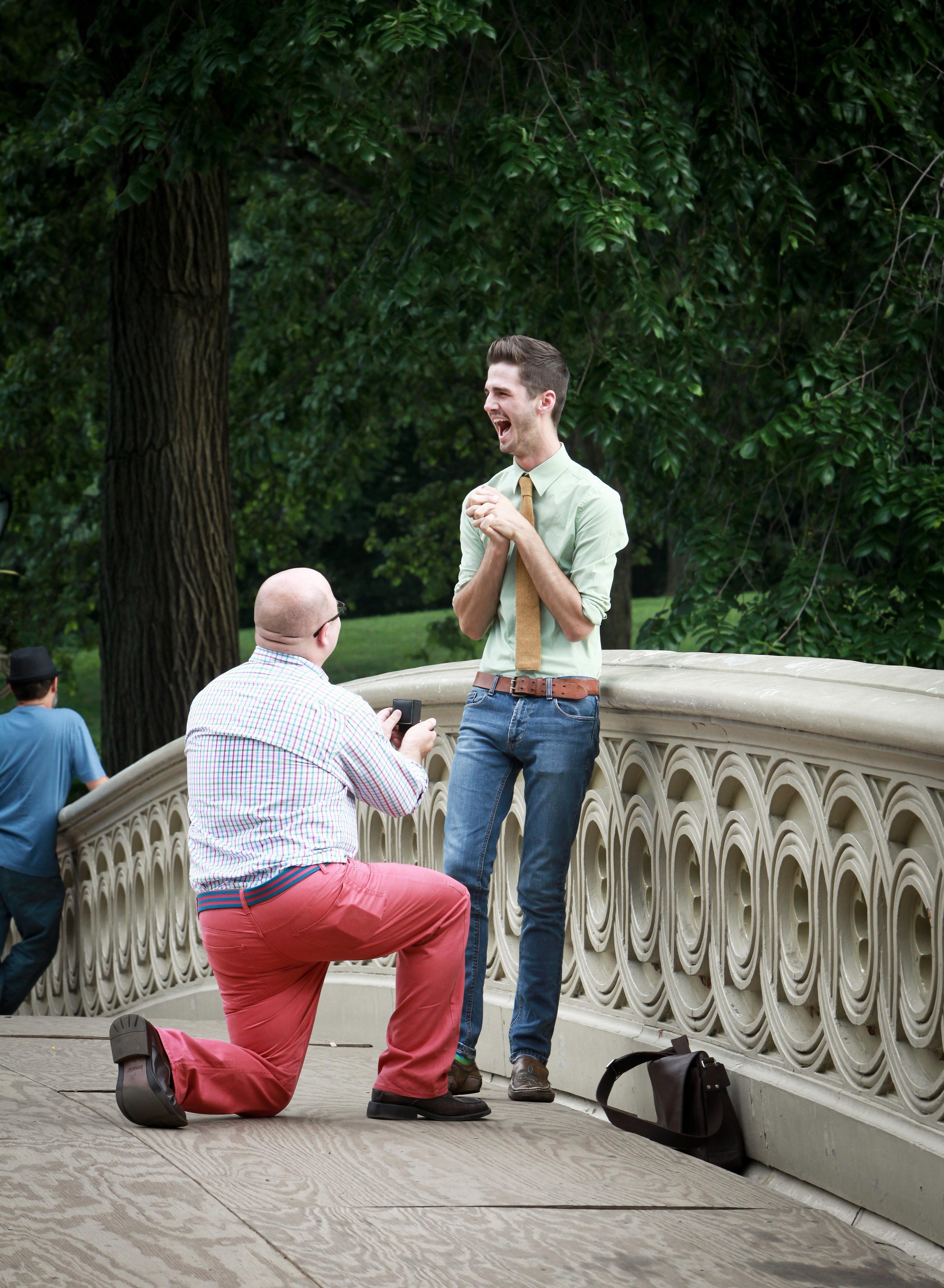 22 pedidos de casamento LGBT que vão derreter seu