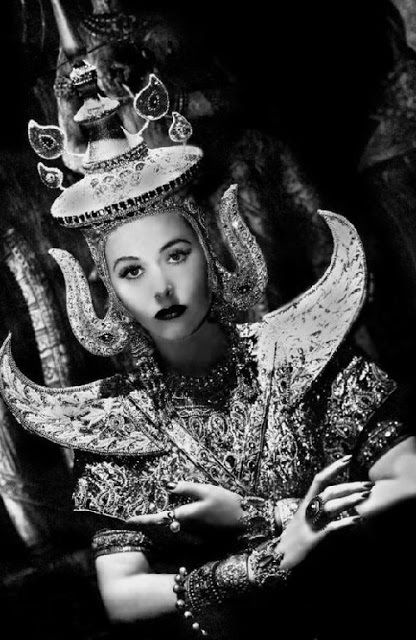 Hedy Lamarr in a scene from 1939's <strong><em>Lady of the Tropics</em></strong>
