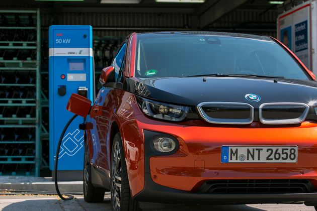 Britain To Ban Fuel-Powered Vehicles in 2040