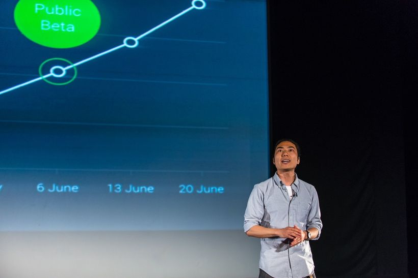 Techstars London 2014 Demo Day in front of hundreds of investors. Obligatory up and to the right growthgraph.